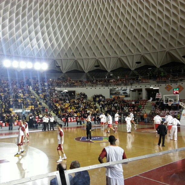 basketball game: Rome vs Milan http://www.facebook.com/buzzinrome#!/photo.php?fbid=10151344477029601=a.10151134176649601.454120.544754600=1