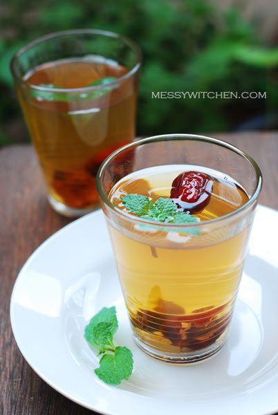 Mint tea with honey & red dates