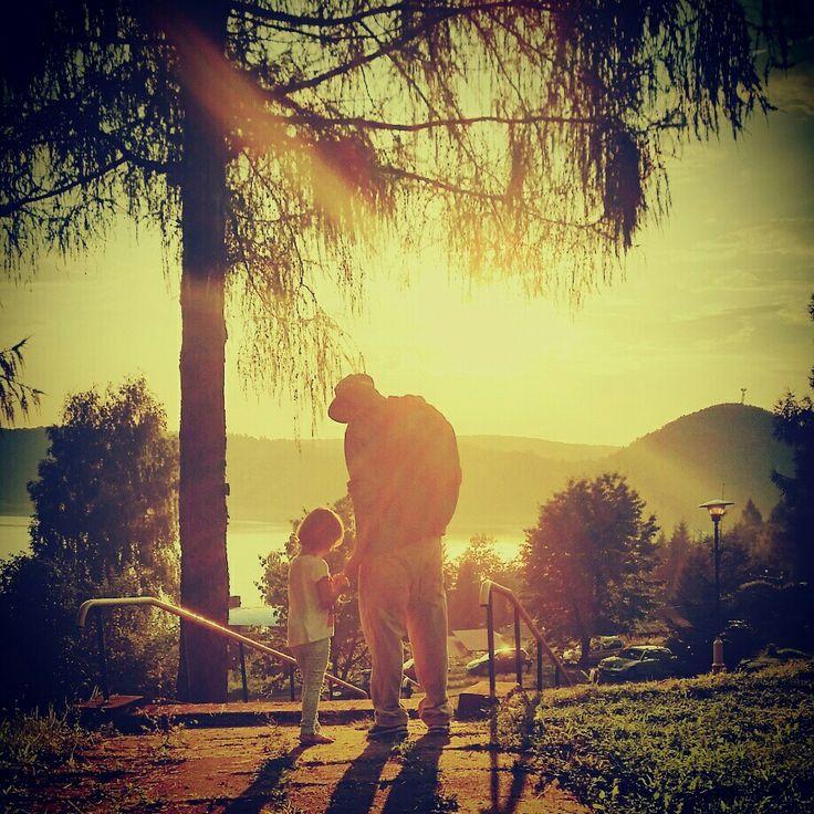 PanTata & MyLittlePrincessEmi ❤  #dziecko #córka #girl #children #momwithcameras #MyLittlePrincessEmi #daughter #dad #tata #rodzina #family #sunday #sun #wakacje #wacation #bieszczady #solina #urlop #PanTata