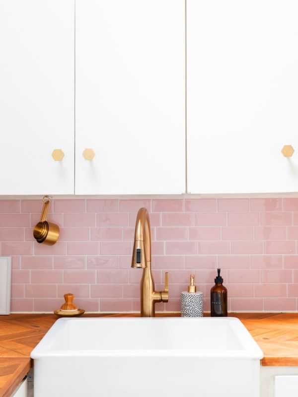 How to DIY a Peel-and-Stick Subway Tile Backsplash in 20 Minutes