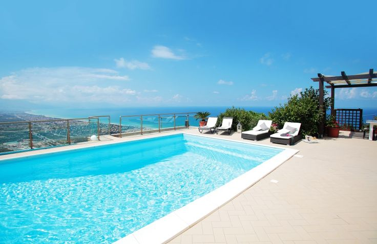 Cefalu Accommodates 10 Casa Nuvola Villa With Pool In
