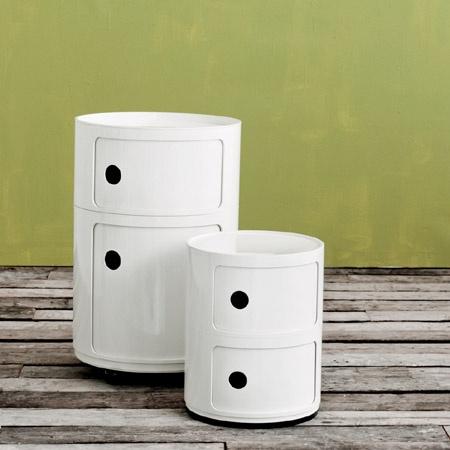 białe szafki componibili Kartell