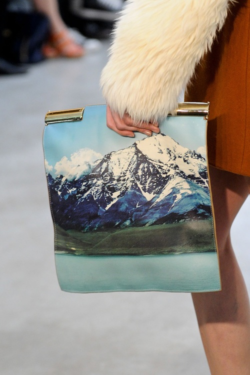 OSKLEN FALL WINTER 2013 MOUNTAIN CLUTCH