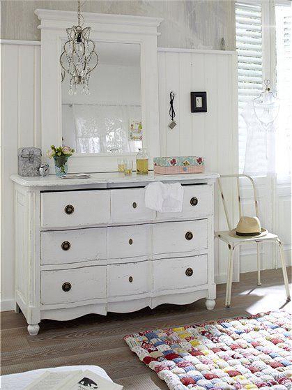 die besten 17 ideen zu shabby chic kommoden auf pinterest franz sischer schrank franz sische. Black Bedroom Furniture Sets. Home Design Ideas