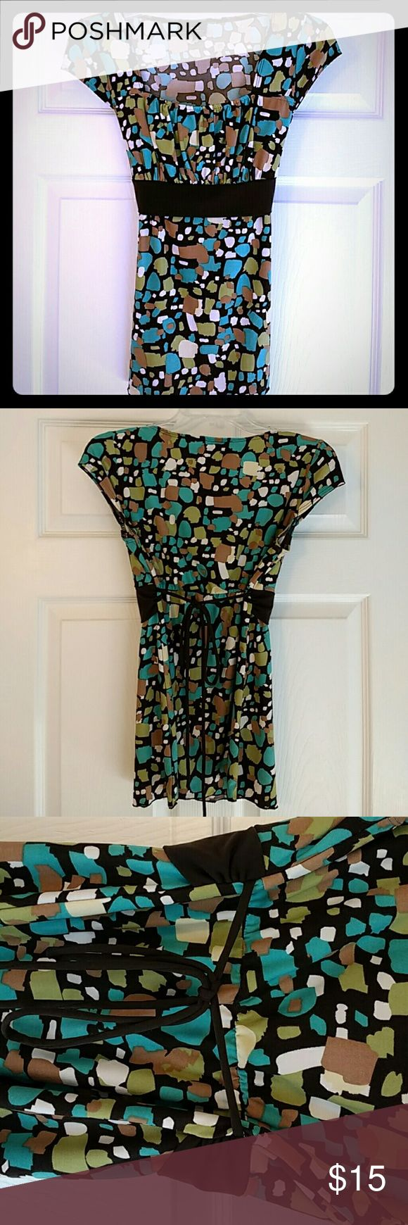 Modern geomeyric Short sleeve top Small Polyester. Brown, beige, teal, green and cream pattern Byer california Tops Blouses