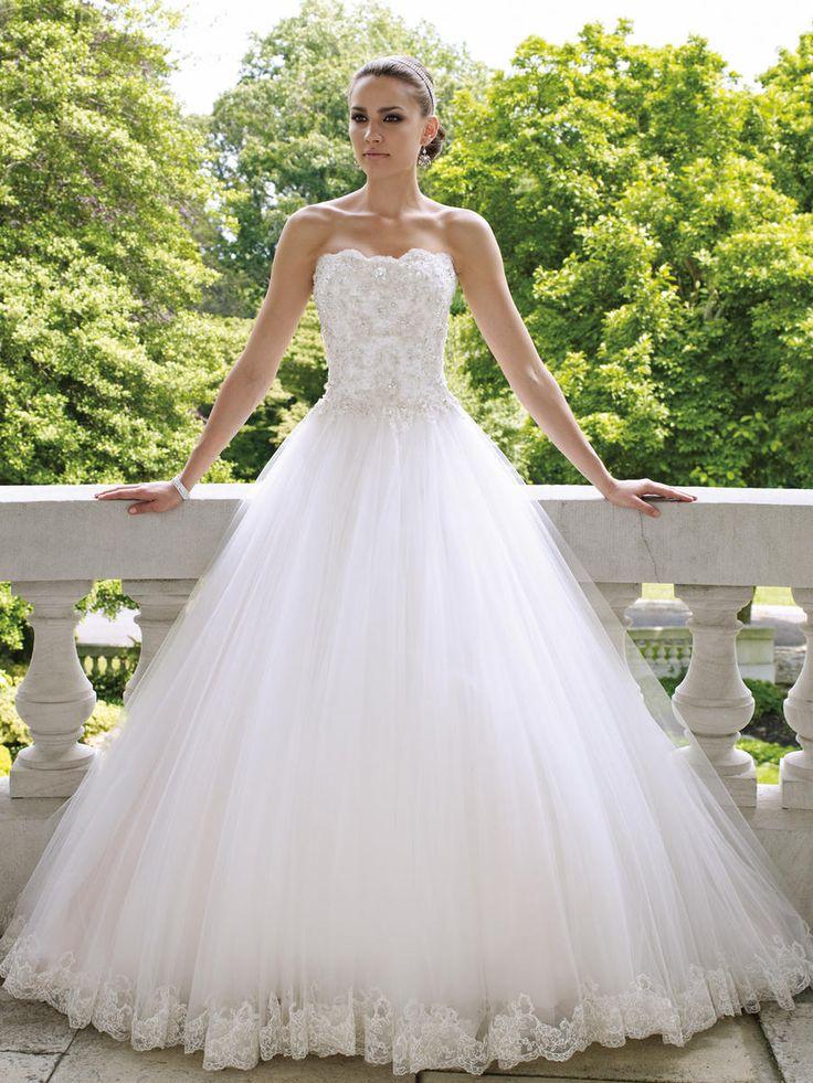 Bella Sposa Sample Mon Cheri Wedding Gown Style 112215 Color Ivory