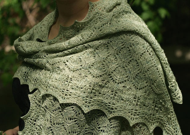 Ophelia Shawl: Green Autumn, Fall Green, Autumns Green, Pattern, Autumn Moments Green, Shawl, Autumn Greens, Autumn Appreciation