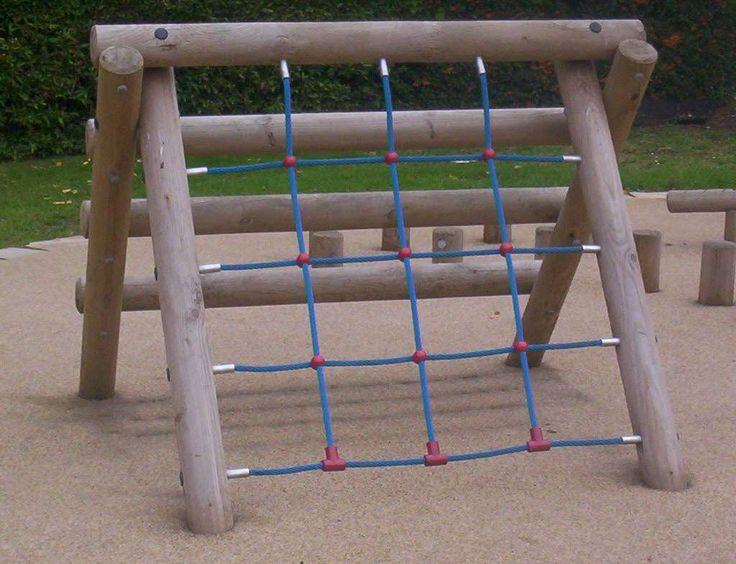 Scramble Net Log Climber