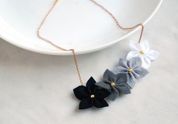 Love this- so dainty! Felt flowers necklace grey necklace   white gray and by urBunny, $18.00