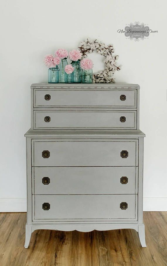 Hey, I found this really awesome Etsy listing at https://www.etsy.com/listing/530829841/annie-sloan-chalk-painted-grey-chest-on