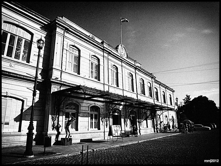 La estación de Meridiano V. 17 y 71, La Plata.