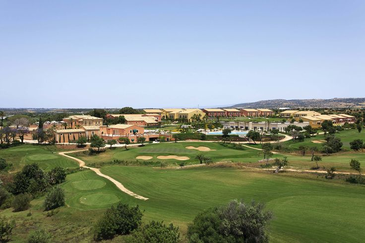 Il resort visto dal lato sud