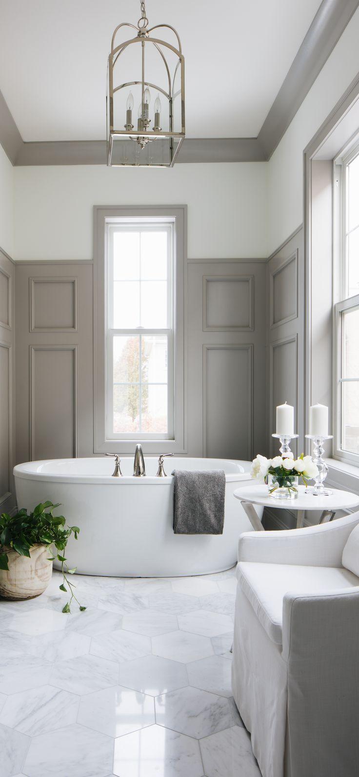 Julie Howard Interiors Top Interior Designer S Portfolios In 2020 Bathroom Interior Design Classic Bathroom Bathroom Interior