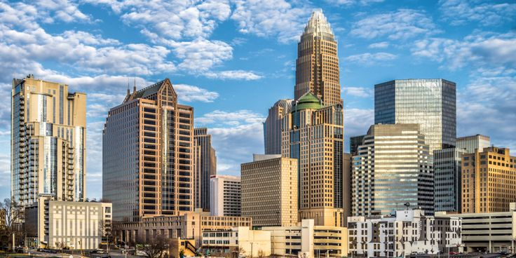 Welcome to Charlotte, North Carolina's big city with small-town charm. This bustling financial center is a major draw for business travelers, while the city's sports teams and cultural facilities attract countless leisure travelers each year. Get to know this Southern city and find the ideal hotel for your trip | Everything's Better Together Blog