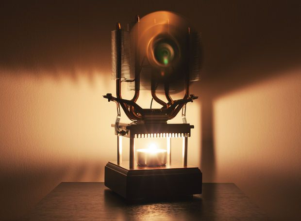 Candle Powered Fan Keeps You Cool Using a Thermoelectric Generator
