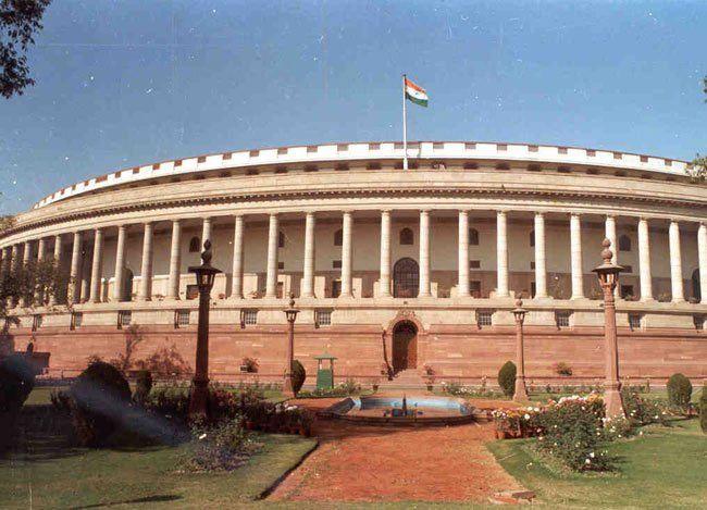 बजट सत्र आज से, संसद में हंगामे के आसार, PM ने विपक्ष से मांगा सहयोग