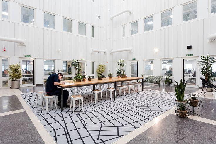 A Look Inside Time Inc. UK's Office - Officelovin'