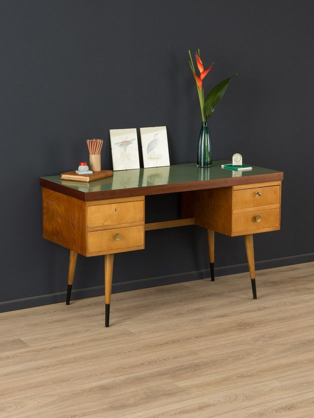 Vintage Wohnen: Schreibtisch aus den 50s / vintage living trend: workspace, 50s, 60s by Mid Century Friends via DaWanda.com