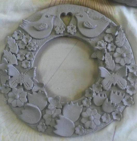 Jarní keramický věnec