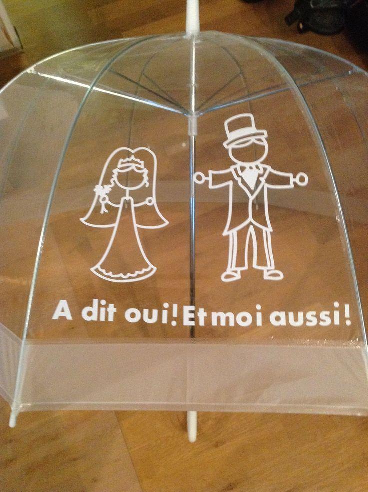 Paraplu s mogen maken voor een Franse bruiloft 1 voor de bruid en 1 voor de bruidegom