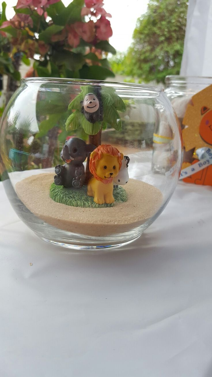 Safari center pieces