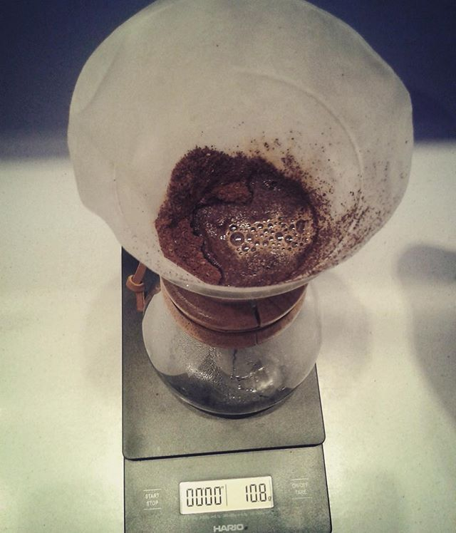 #chemex #alternativecoffee #brewing #methods #coffee #blooming #bloom #coffeearoma #cup #coffeecup #coffeecupguru #coffeecupguruapp