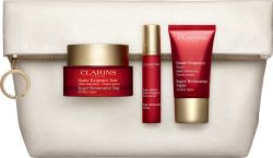 Escentual Clarins Super Restorative Skin Replenishers set £69