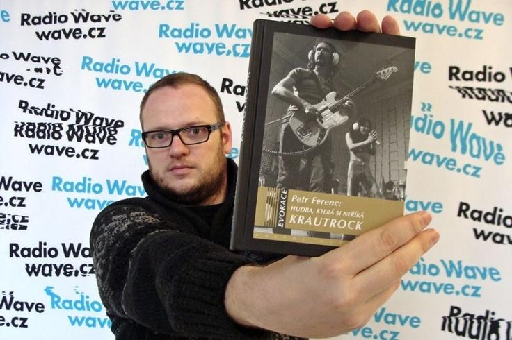 Hudba, která si neříká KRAUTROCK  http://www.volvox.cz/knihy/evokace/ferenc_hudba_ktera_si_nerika_krautrock.php  http://www.rozhlas.cz/radiowave/musiccheck/_zprava/petr-ferenc-bez-krautrocku-by-nebyli-radiohead--1138004