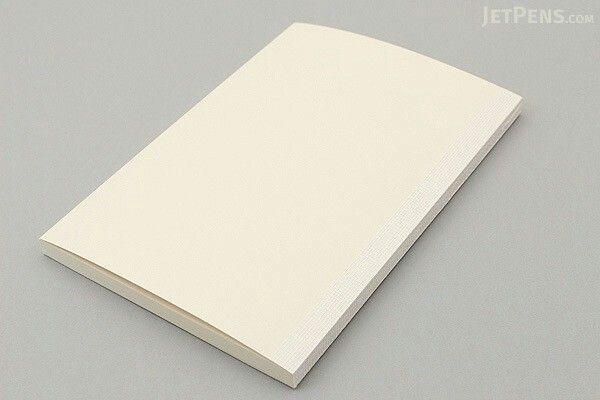 Dagböcker midori md notebook. Tillsammans med ett snyggt omslag blir det den snyggaste dagboken.