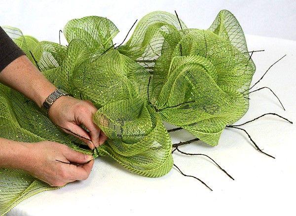 Mesh Wreaths - tutorial