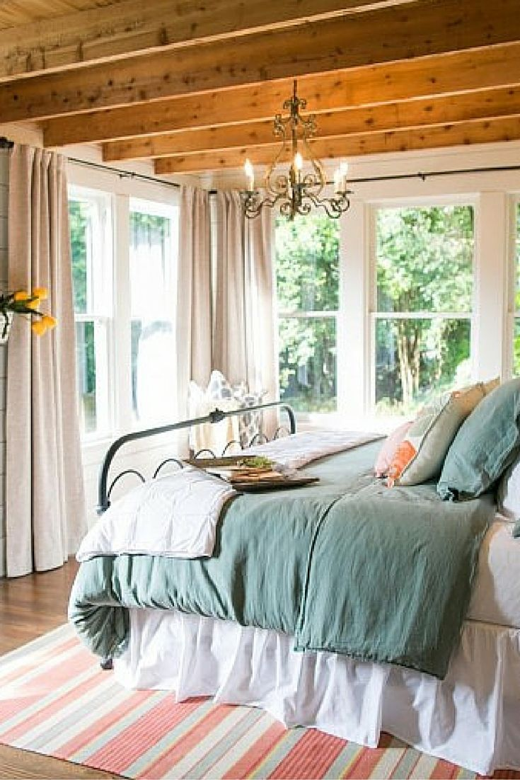 1000 Images About Magnolia Homes Chip And Joanna Gaines Hgtv Fixer Upper On Pinterest Chip