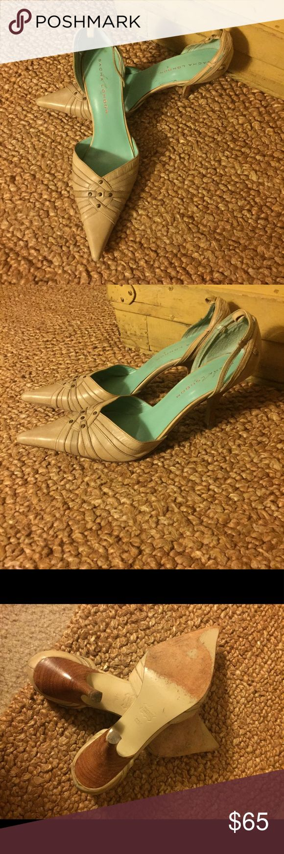 Sacha London BRAND Tan leather point high heel 8.5 Open to all reasonable offers-COMBINED SHIPPING DISCOUNT FOR MULTIPLE ITEMS. All items come from a CLEAN, SMOKE-FREE home Anthropologie Shoes Heels