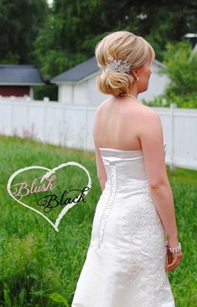 Wedding dress project, part 2 | Dress design and made by lovely ladies Elli Halttu and Lilli Halttu | Blush loves Black blog on haat.fi