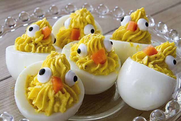Påskefrokost – med små eggekyllinger