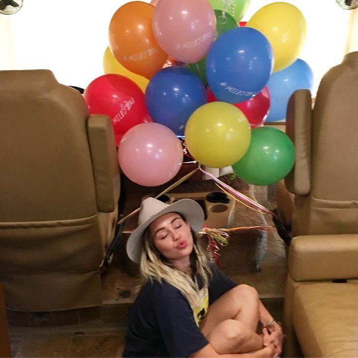 "769.3k Likes, 2,367 Comments - Miley Cyrus (@mileycyrus) on Instagram: ""#Malibu #MileyBu #BBMA TONIGHT"""