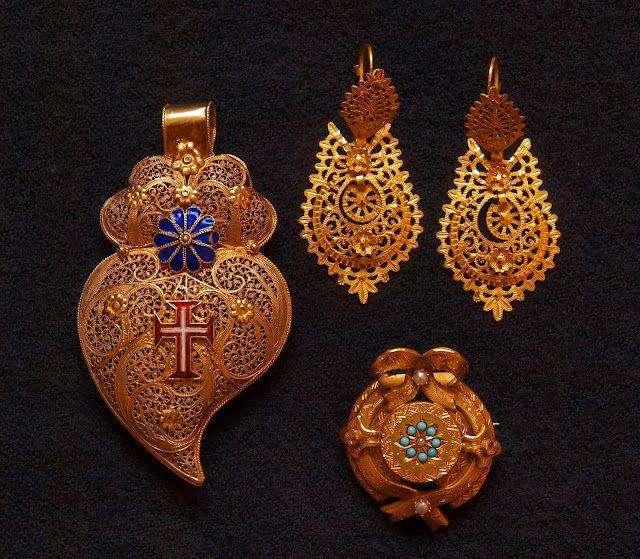 Earings from Viana do Castelo  Portuguese filigree.