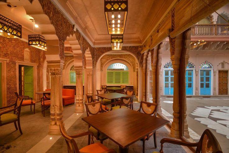 Отель WelcomHeritage Haveli Dharampura (Индия Нью-Дели) - Booking.com