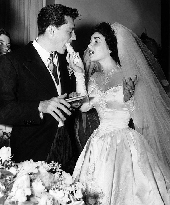 Daily Wedding Inspiration: In 1960, when a young Elizabeth Taylor tied the knot with Conrad Hilton Jr, full skirts and even fuller veils were still de rigour | ELLE UK
