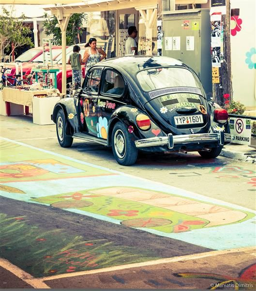 VISIT GREECE| Matala Festival, The famous VW Beetle!