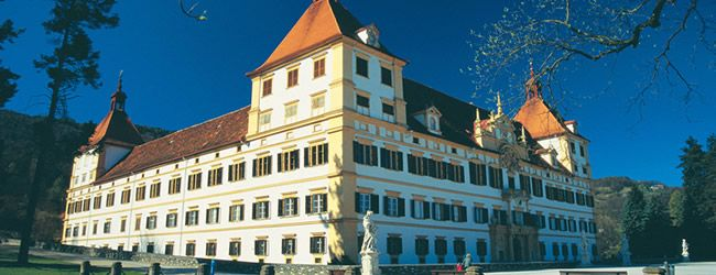 Schloss Eggenberg is based on the Gregorian Calender - 365 windows, 31 rooms on every floor, 24 state rooms with 52 doors and 4 corner towers - Graz, Styria    http://www.austria.info/us/austria-unique-like-you/schloss-eggenberg-1471392.html