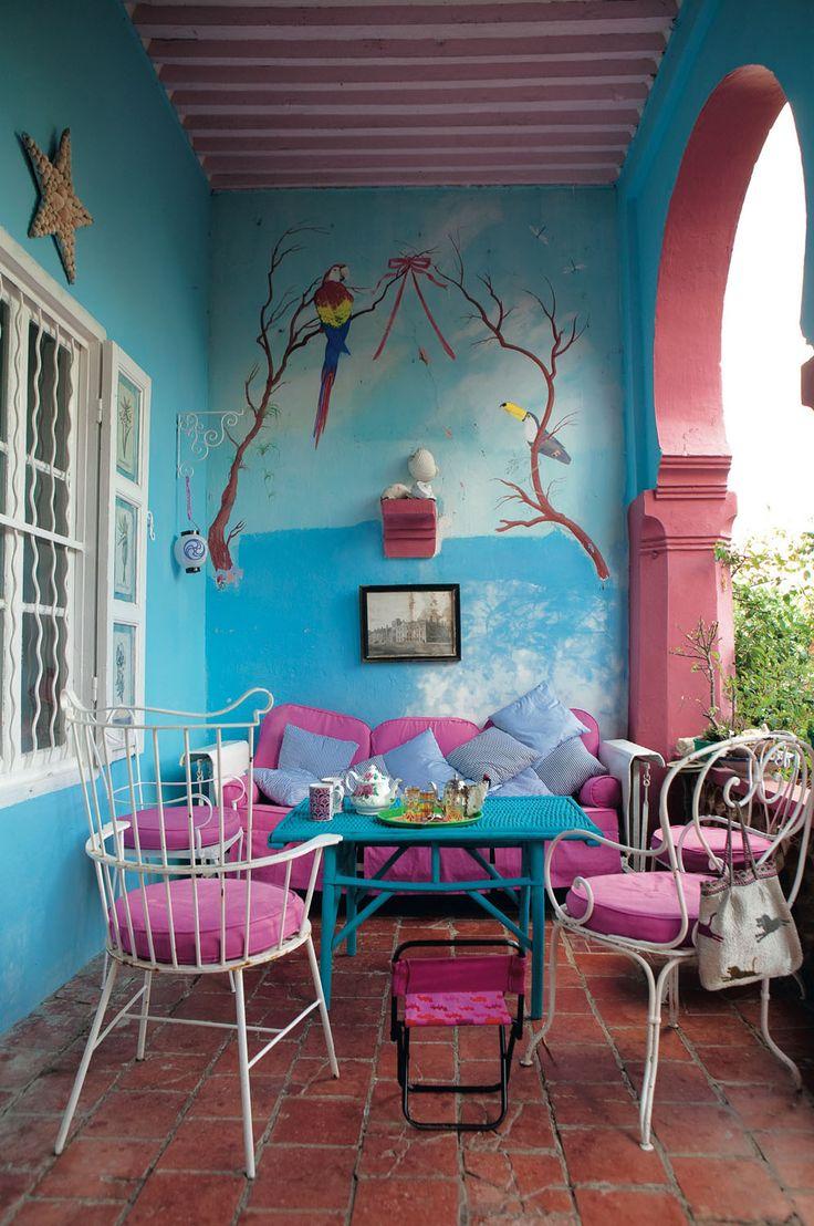 Boho Patio... Love the colors