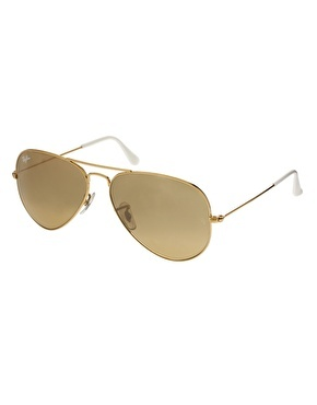 Bought these yesterday and ❤️❤️❤️❤️❤️❤️❤️ they look fab with my baseball caps as well Ray-Ban Large Aviator Sunglasses