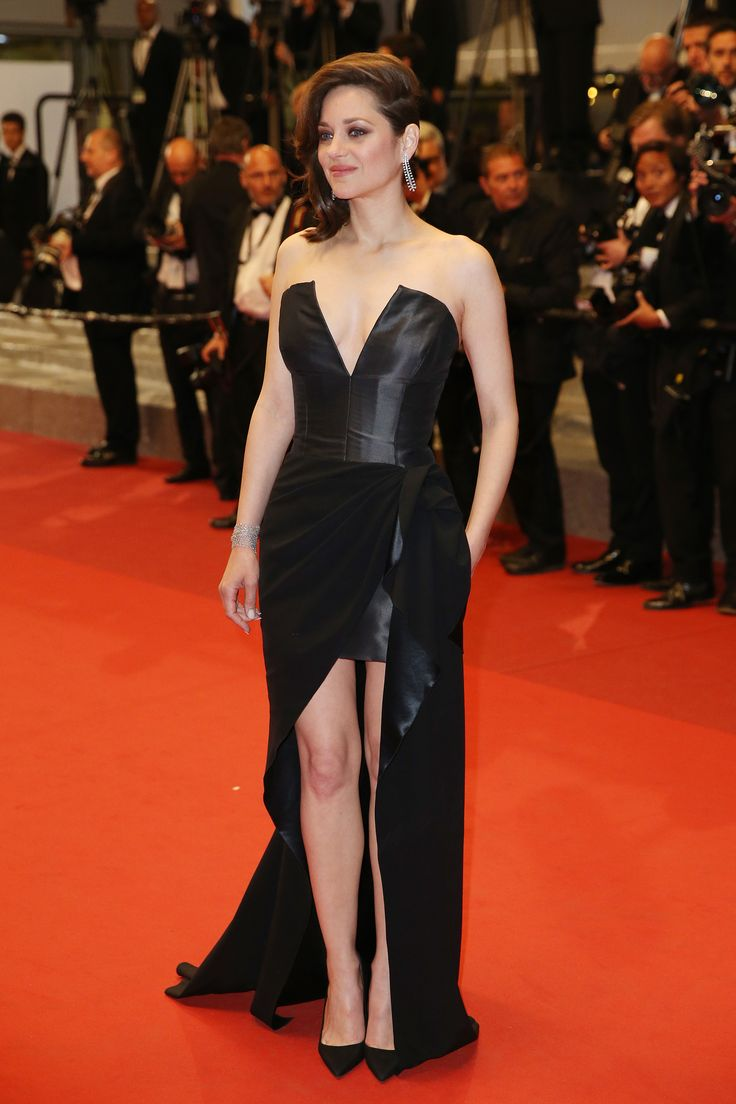 """Marion Cotillard and Charlotte Gainsbourg star in the opening-night film """"Ismael's Ghosts."""" http://butimag.com/post/2017-Cannes-Film-Festival-Announces-Official-Selection/19089  #Style #Outfit #Shoes #Instafashion #Dresses #Nike #Adidas #WeddingDress #PromDress #NightDress #SportsIllustrated #SkeleteonWatch #MensShoes #RainBoots #StyleExperts #BlondeSalad #SaharaRay #RunwayFashion #WorkoutStyle #MensStyle #WomensStyle…"""