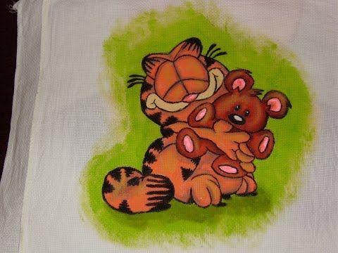 DIY Cómo pintar en tela a Garfield abrazando a Pooky 1 de 3 - YouTube