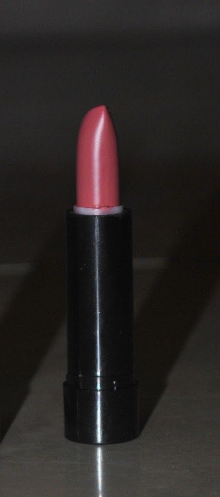 Review: Oriflame Pure Colours Lipstick in Vintage Rose