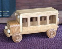 Reclaimed Wooden removable top Toy Bus for by Aroswoodcrafts                                                                                                                                                                                 Mais