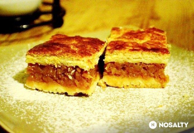 Almás pite Saza konyhájából
