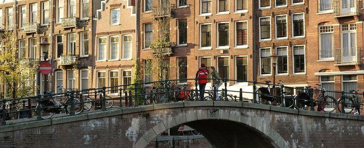 Een indrukwekkende stadswandeling door de Joodse historie van Amsterdam.