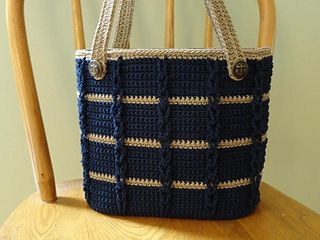 Ravelry: Anchors Aweigh Tote pattern by Kathy Olivarez