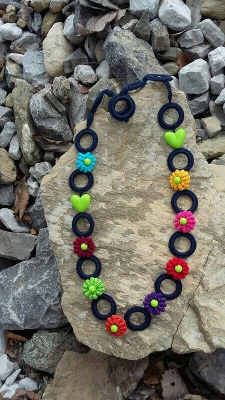 crochet jewelry... ...gioielli all'uncinetto... ...Häkeln Schmuck...chiamateli come volete...ma questi sono davvero speciali!
